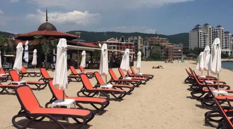 """На плажа в Слънчев бряг """"объркали"""" цените с миналогодишните"""