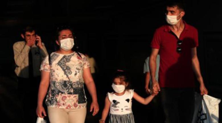 Турция нареди: Носенето на маски е задължително