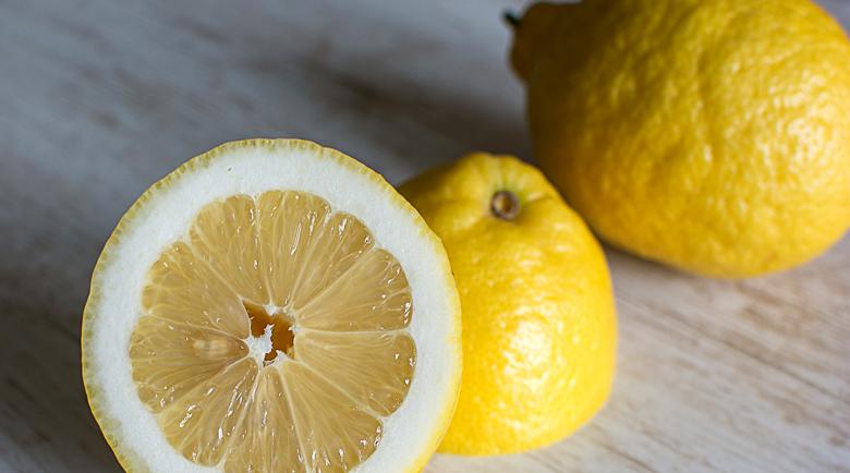 Лимонът разбива бъбречните камъни за седмица