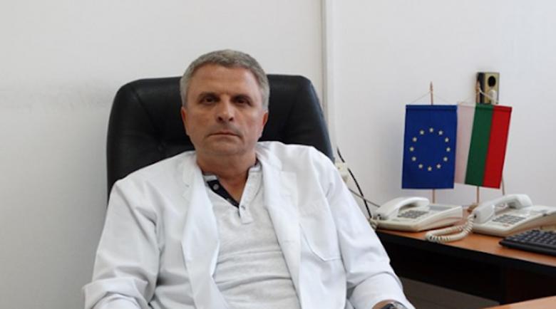 Д-р Митов се надява министерството да даде пари за PCR лаборатория в Перник