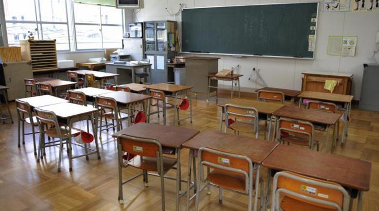 Вместо в училище тийнейджърка от Дупница се озова в изолатора