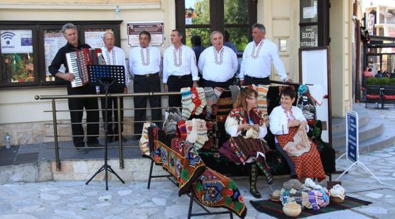 Банско събира туристи през септември с музика, смях и занаяти