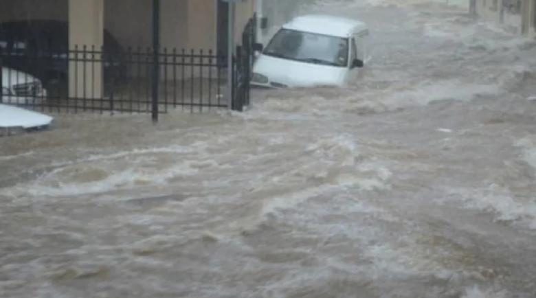 Невиждана стихия помита Гърция днес следобед