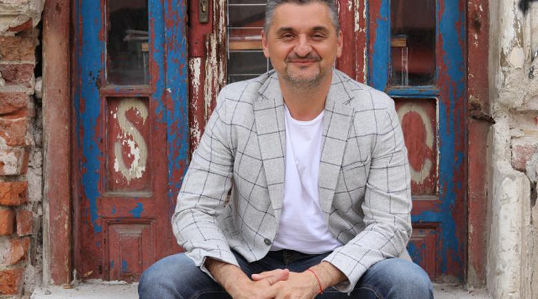 Кирил Добрев: Звезден кръг от бивши седесари дърпа конците на Нинова