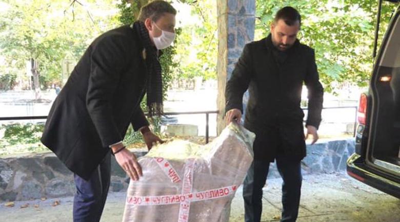 Ротари клуб дари апаратура и мебели на Спешния център в Банско