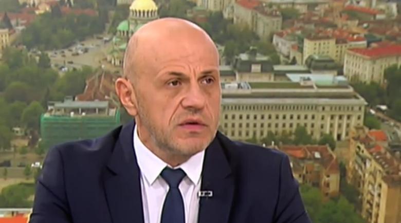 Дончев: Не можах да разбера как член на правителството е лишил Радев от вечеря в Естония