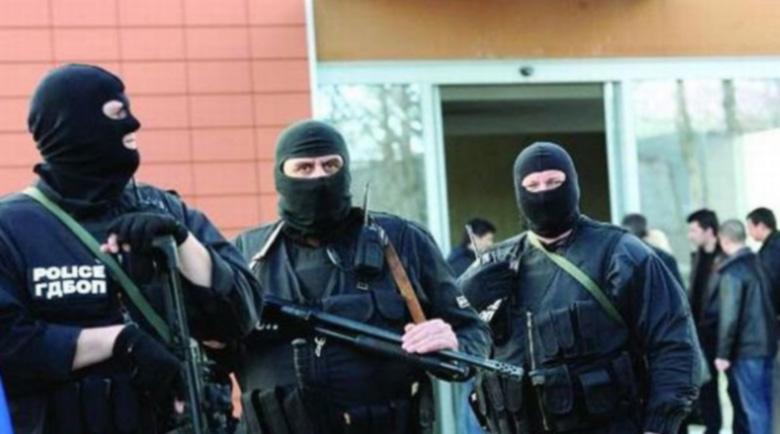 100 задържани на Тенерифе по подозрение в пране на пари за италианската мафия