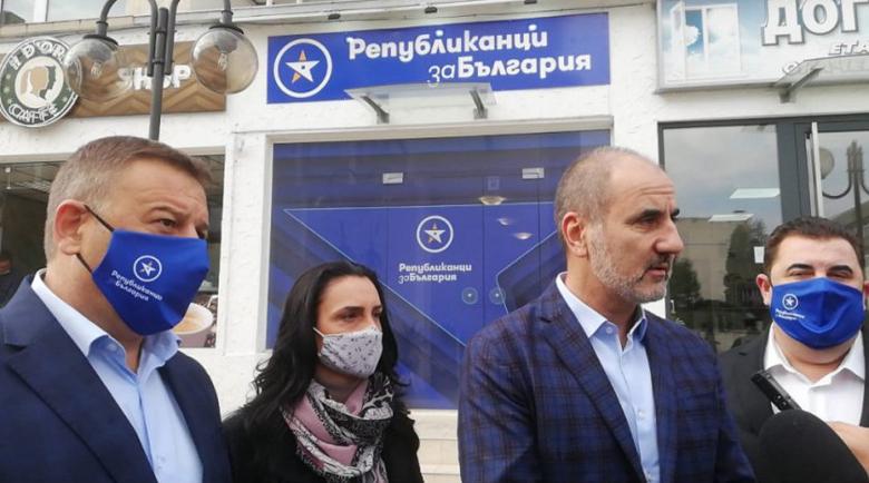 Цветанов: Удариха Камбитов по политически причини
