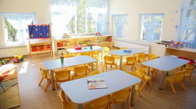 Полиция нахлу в детска градина заради тормозена учителка