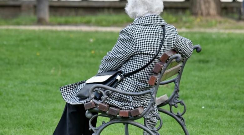 НОИ осъди пенсионери за фалшив стаж
