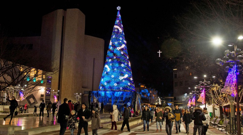 Коледната елха в Благоевград ще светне на 4 декември