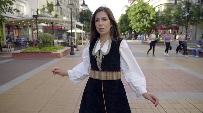 """Как Дияна от Перник озвучи с гласа си """"Борат 2"""""""