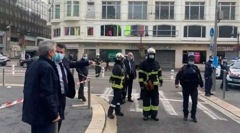 20-годишен радикалист вилня с нож в Южна Франция
