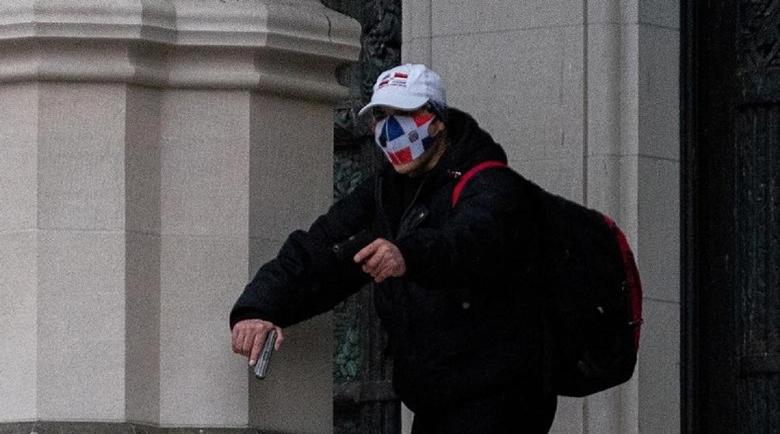 Ликвидираха нападател, стрелял пред катедрала в Ню Йорк