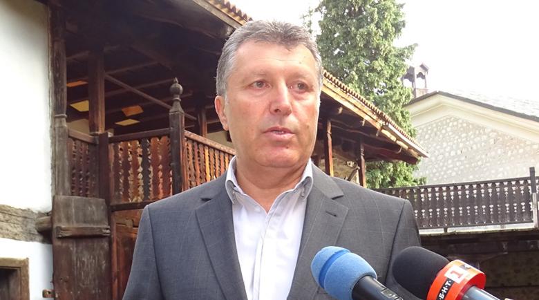 Вдигнаха с 10% кметските заплати в Община Банско