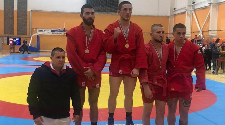 Спортист №1 на Благоевград почна сезона с титла, счупен нос спря към златото друг състезател