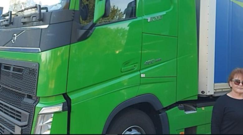 Път за дамите: Бизнесът търси жени за шофьори на камиони