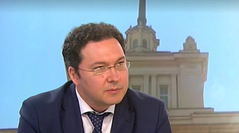 Даниел Митов: Една държава не се управлява с крясъци