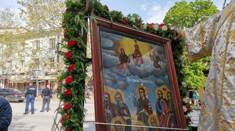 В Сандански посрещат чудотворната икона на Света Богородица