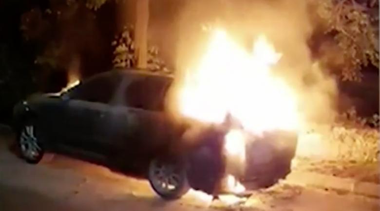Неизвестни запалиха колата на Николай, спасил дете от Разлог