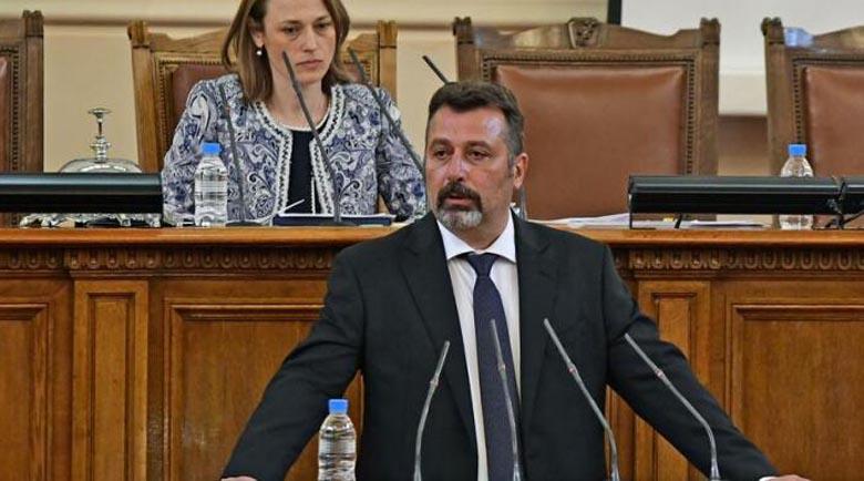 Филип Станев: Избрахме премиер, който не е участвал в политиката