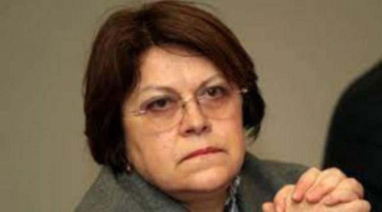 Дончева: Зад атаките срещу служебни министри прозират интереси на ДПС