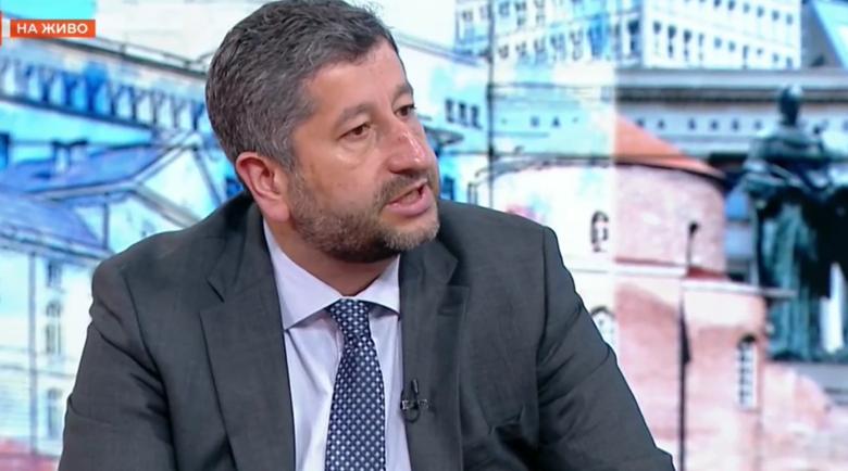 Иванов отвърна на Трифонов: Който твърди, че ДБ е искала парчета от баницата, лъже