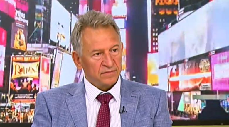 Стойчо Кацаров нарече неваксинираните българи хазартни личности