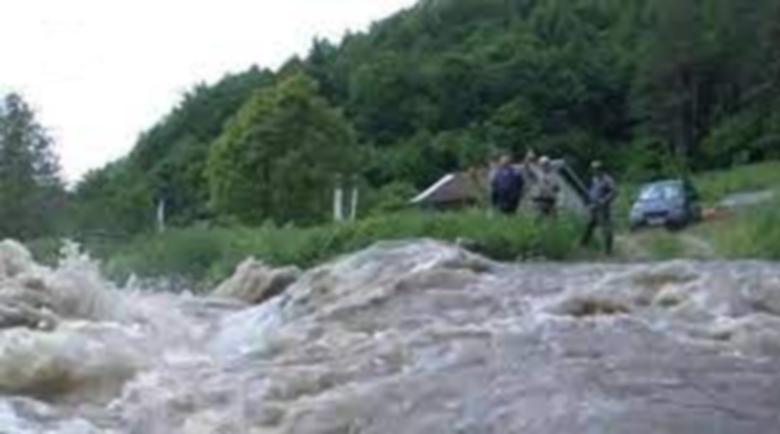 Река Места застрашава да излезе от коритото си и да предизвика наводнения
